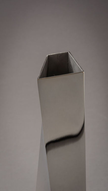 Picture of Alessi Crevasse Vase