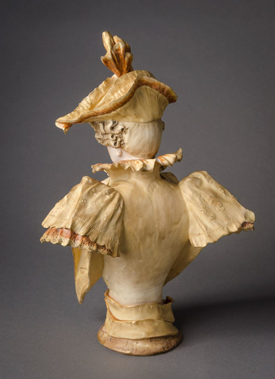 Picture of Amphora Bust