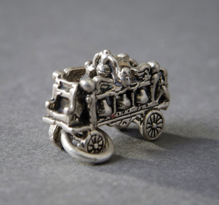 Picture of Bell Car Charm