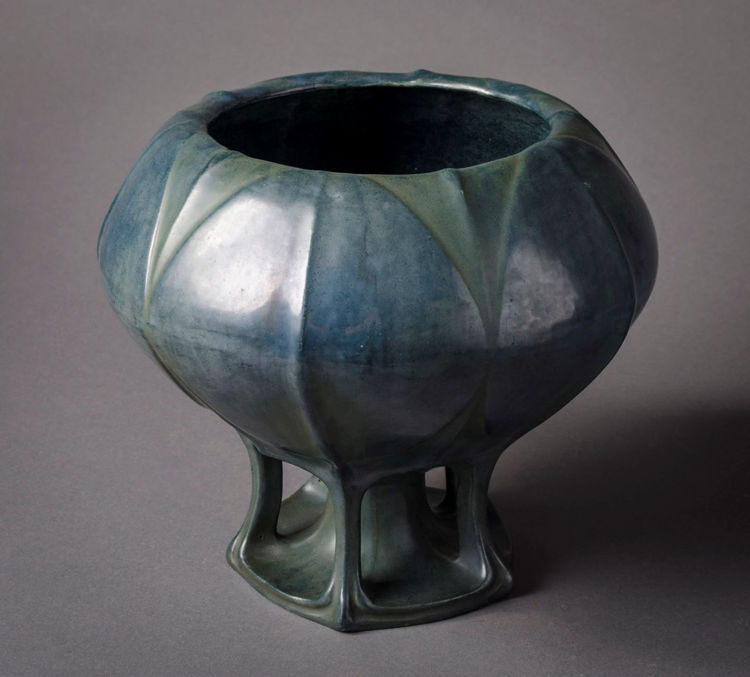 Picture of Footed Jardiniere
