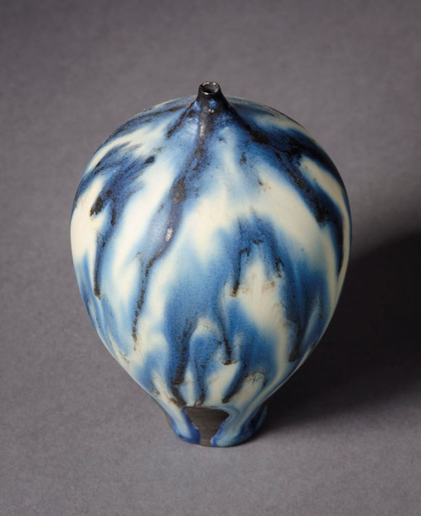 Picture of Blue and White Feelie