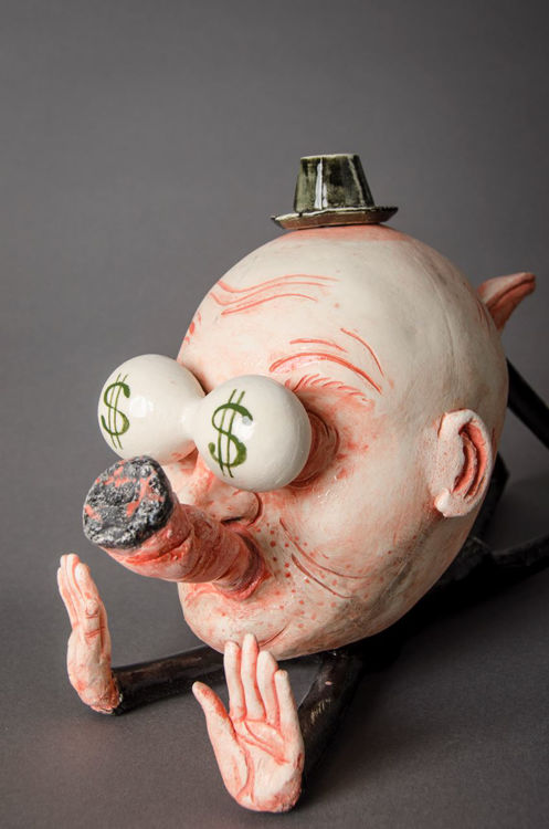 Picture of Man with Dollar Sign Eyes Teapot