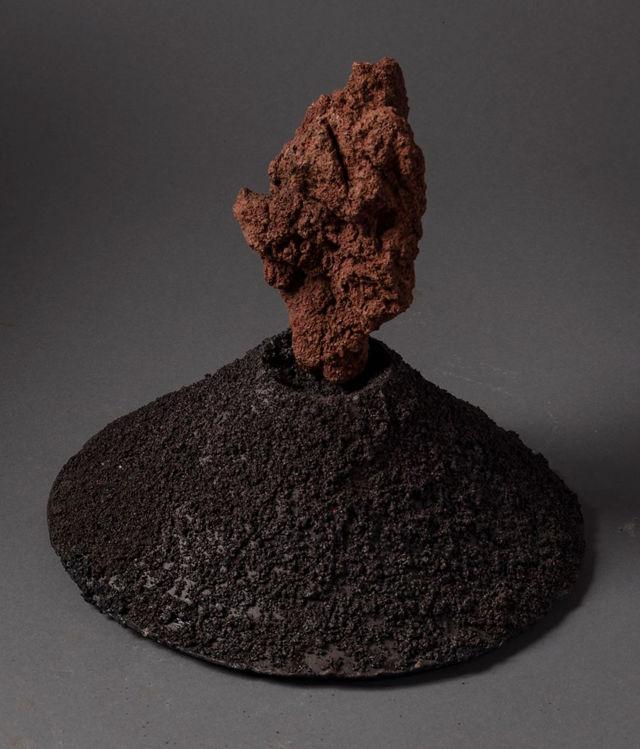 Picture of Medium Cone with Black Cinders