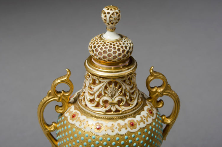 Picture of Jeweled Vase and Cover