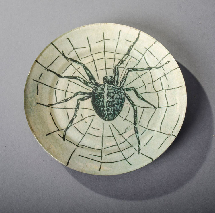 Picture of Black Spider Plate