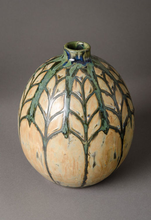 Picture of Foliage Patterned Vase